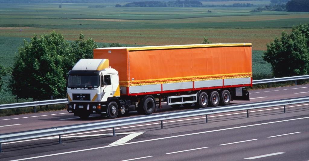 Inspección de Trabajo multa a la empresa del conductor de camiones